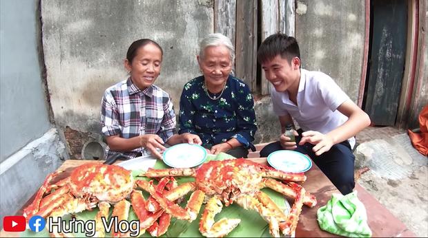 """Vừa tuyên bố không làm clip """"siêu to khổng lồ"""" nữa, Bà Tân Vlog đã chuyển sang thử thách ăn uống và nấu ăn đời thường?  - Ảnh 5."""