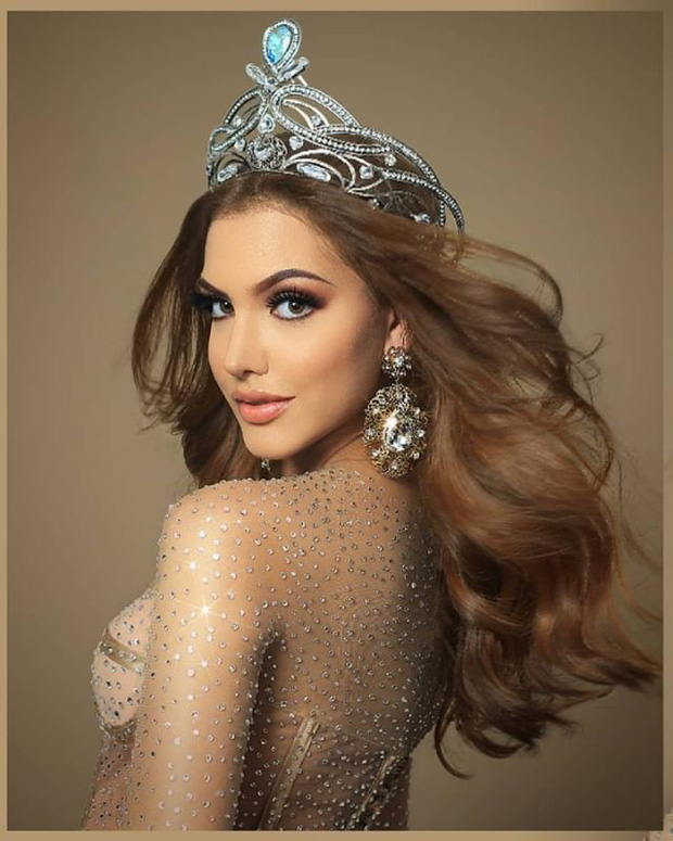 Soi cận nhan sắc và thần thái hút hồn của mỹ nhân Venezuela 10x vừa đăng quang Hoa hậu Hoà bình - Ảnh 5.