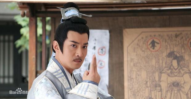 Dàn cast Chân Mệnh Thiên Tử đang hot: Nữ chính vướng scandal được nâng đỡ, Hạ Tử Vy lộ khai gian tuổi tác - Ảnh 26.