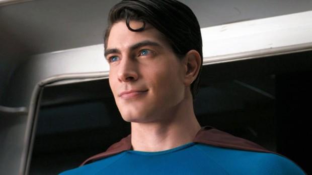Ngất xỉu trước Superman phiên bản Brandon Routh: Diện đồ body ôm sát vẫn múi cuồn cuộn xuất sắc như ngày nào - Ảnh 8.