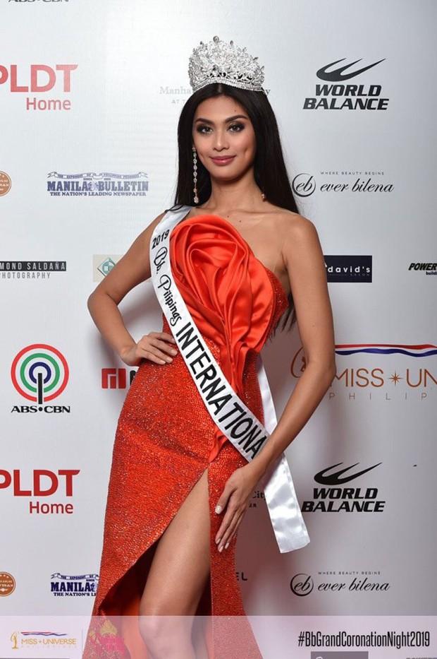 Mỹ nhân Philippine vừa tới Nhật thi Hoa hậu Quốc tế, netizen Việt xôn xao bàn tán vì quá giống... Lâm Khánh Chi - Ảnh 5.