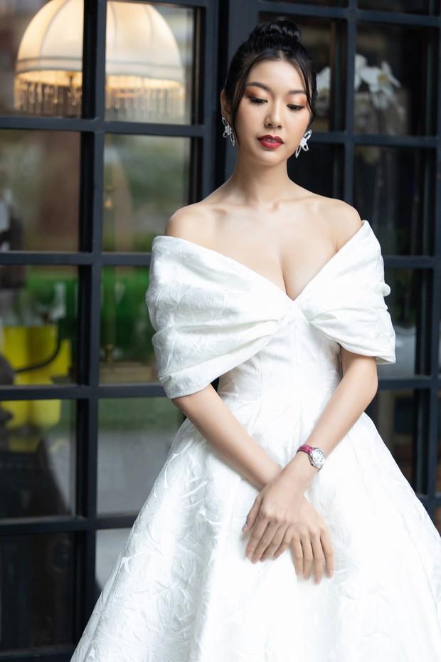 Chẳng ngán cái lạnh Sapa, Ngọc Trinh và Kỳ Duyên lên đồ sexy dự show của NTK Lê Thanh Hòa - Ảnh 19.