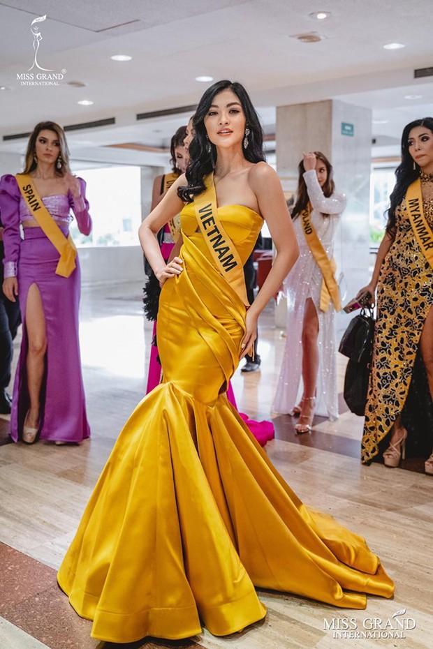 Dừng chân đầy tiếc nuối, không dành được vương miện Miss Grand International 2019 nhưng Kiều Loan vẫn gây ấn tượng với thành tích học siêu khủng - Ảnh 2.