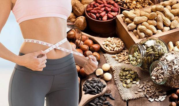Nghiên cứu từ hàng ngàn người trong suốt 20 năm: ăn nhiều các loại hạt là một phương pháp tốt để giảm béo - Ảnh 1.