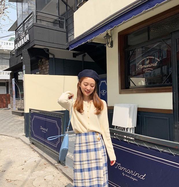 Sooyoung có 3 cách mặc cardigan tuyệt xinh, bạn mà áp dụng thì mỗi lần diện cardigan là một lần tỏa sáng - Ảnh 14.