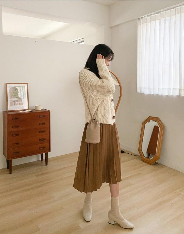 Sooyoung có 3 cách mặc cardigan tuyệt xinh, bạn mà áp dụng thì mỗi lần diện cardigan là một lần tỏa sáng - Ảnh 15.