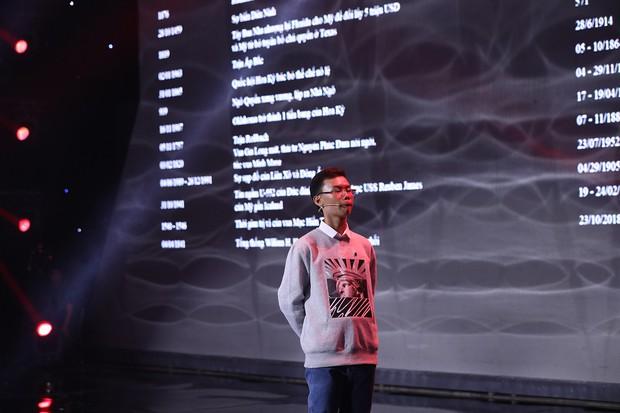 Siêu trí tuệ: Lại Văn Sâm, Trấn Thành... cúi mình ngưỡng mộ dị nhân 14 tuổi ghi nhớ 1.000 cột mốc lịch sử trong 20 phút! - Ảnh 3.