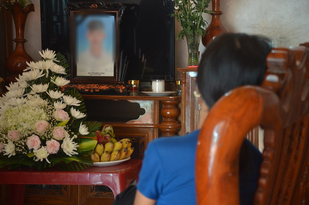 39 người Việt tử vong trong xe container: Bố khản giọng khi nhận thông tin chính thức, mong thi thể con sớm được đưa về quê nhà - Ảnh 3.