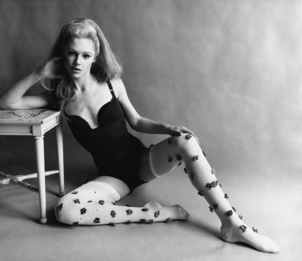 Edie Sedgwick - nàng It girl nổi loạn và quyến rũ chết người nhưng chỉ vì phản bội tay đạo diễn quyền lực mà nhận kết cục bi thảm - Ảnh 3.
