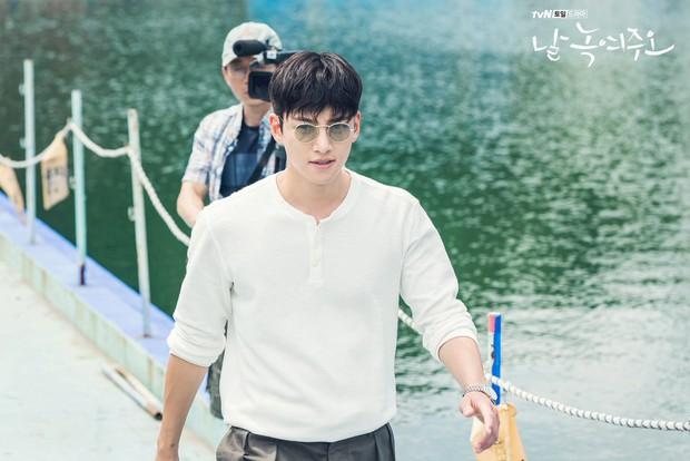 Ji Chang Wook chuẩn bạn trai quốc dân ở Nhẹ Nhàng Tan Chảy: Bồ cũ thì xao xuyến, gái trẻ muốn nhào đến hôn - Ảnh 7.