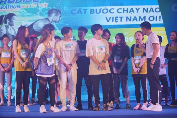 Minh Hằng gây náo loạn show Marathon khi chạy cùng dàn trai đẹp - Ảnh 4.