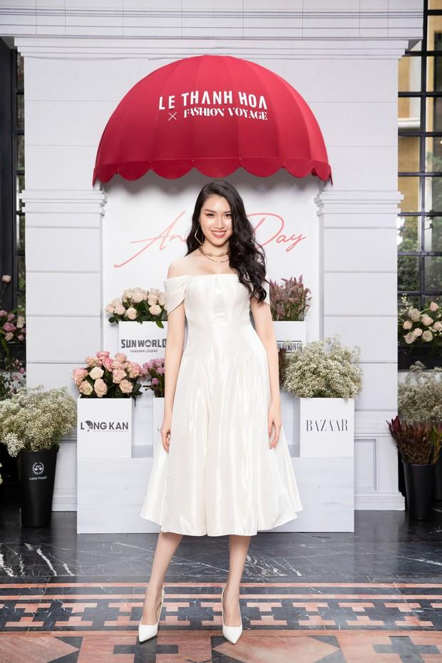 Chẳng ngán cái lạnh Sapa, Ngọc Trinh và Kỳ Duyên lên đồ sexy dự show của NTK Lê Thanh Hòa - Ảnh 24.