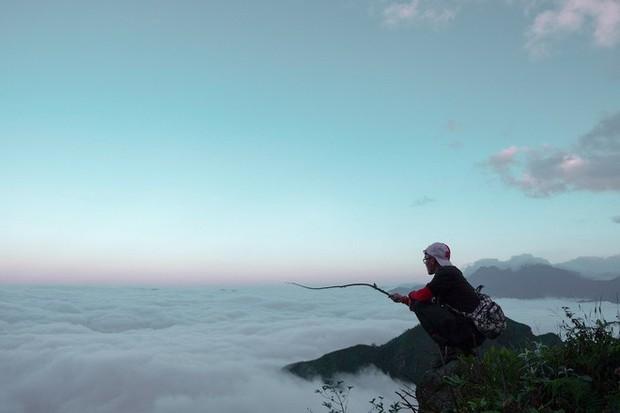 Đu xích đu giữa biển mây ở độ cao 2100m chắc chắc sẽ là trải nghiệm có 1-0-2 dành cho hội thích chinh phục - Ảnh 3.