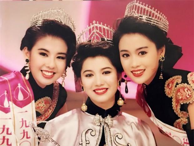 Lương Tiểu Băng - Chúc Anh Đài kinh điển nhất màn ảnh: Cuộc hôn nhân gần 20 năm đầy những khó khăn nhưng hạnh phúc bên Mã Văn Tài Trần Gia Huy - Ảnh 4.