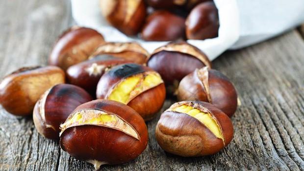 """Loại hạt là """"vua quả khô"""", ngon tuyệt vời trong những ngày se lạnh nhưng khi ăn cần nhớ lưu ý sau - Ảnh 3."""