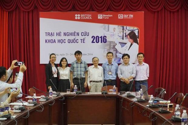Giáo sư người Việt giành nhiều giải thưởng khoa học quốc tế danh giá - Ảnh 4.