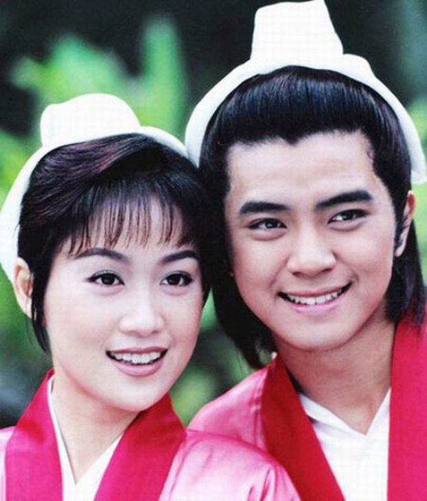 Lương Tiểu Băng - Chúc Anh Đài kinh điển nhất màn ảnh: Cuộc hôn nhân gần 20 năm đầy những khó khăn nhưng hạnh phúc bên Mã Văn Tài Trần Gia Huy - Ảnh 7.