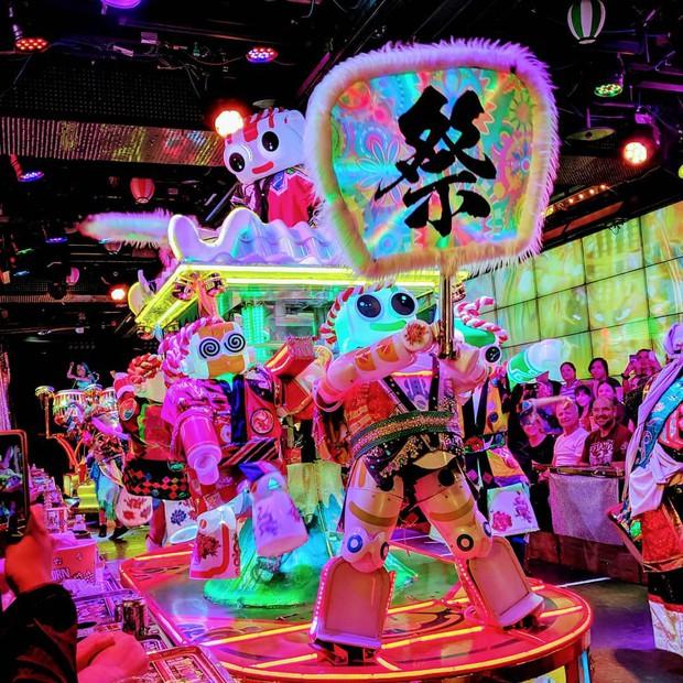 Những hình ảnh cho thấy Nhật Bản là đất nước đến từ… năm 3000, bảo sao khách du lịch khắp nơi đều mong được đến đây - Ảnh 1.