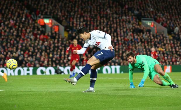 Son Heung-min cay đắng hóa thánh cột - xà, Tottenham thua ngược tiếc nuối đội đầu bảng Liverpool - Ảnh 5.