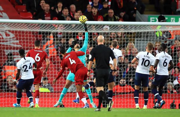 Son Heung-min cay đắng hóa thánh cột - xà, Tottenham thua ngược tiếc nuối đội đầu bảng Liverpool - Ảnh 7.