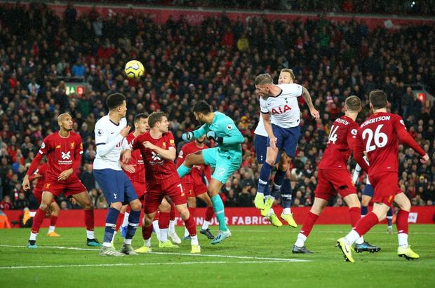 Son Heung-min cay đắng hóa thánh cột - xà, Tottenham thua ngược tiếc nuối đội đầu bảng Liverpool - Ảnh 11.