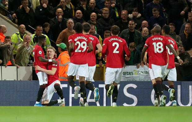 Đá hỏng phạt đền hai lần, Man Utd vẫn giành chiến thắng trước đội đứng áp chót Ngoại hạng Anh - Ảnh 3.