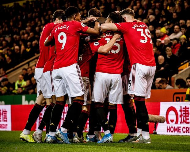 Đá hỏng phạt đền hai lần, Man Utd vẫn giành chiến thắng trước đội đứng áp chót Ngoại hạng Anh - Ảnh 5.