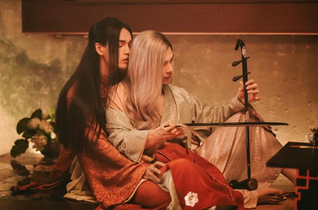 """""""Tự Tâm"""" – rất hoành tráng và rất sốc, nhưng có giúp được nhiều cho âm nhạc của Nguyễn Trần Trung Quân? - Ảnh 2."""