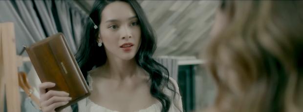 """MV """"Cố nhớ để mà quên"""": Tình yêu không có lỗi, lỗi tại cái ví da - Ảnh 2."""