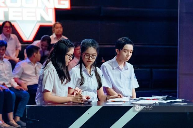"""Chung kết cuộc thi debate hot nhất của học sinh hiện nay: """"Tour du lịch mở tràn lan, phượt thủ đi đến đâu phá hoại đến đó"""" - Ảnh 2."""