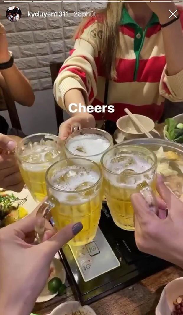 """""""Bắt trend"""" gió lạnh về nhanh như Kỳ Duyên - Minh Triệu: ăn uống 1 vòng đủ luôn combo mùa đông Hà Nội! - Ảnh 10."""