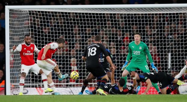 Arsenal hòa thất vọng trên sân nhà dù dẫn trước hai bàn trong ngày VAR không đứng về phía họ - Ảnh 7.