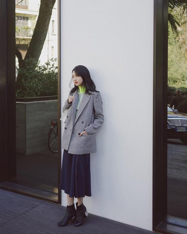 Bước đầu tiên để nàng công sở đưa style lên tầm cao mới chính là ghim 5 công thức diện boots sau - Ảnh 1.