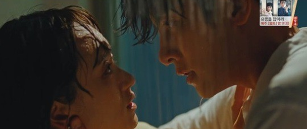 Ji Chang Wook lôi crush vào phòng tắm hôn chỉ để giảm nhiệt ở tập 10 Nhẹ Nhàng Tan Chảy? - Ảnh 2.