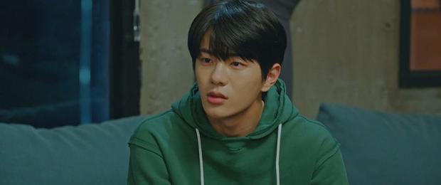 Ji Chang Wook lôi crush vào phòng tắm hôn chỉ để giảm nhiệt ở tập 10 Nhẹ Nhàng Tan Chảy? - Ảnh 9.