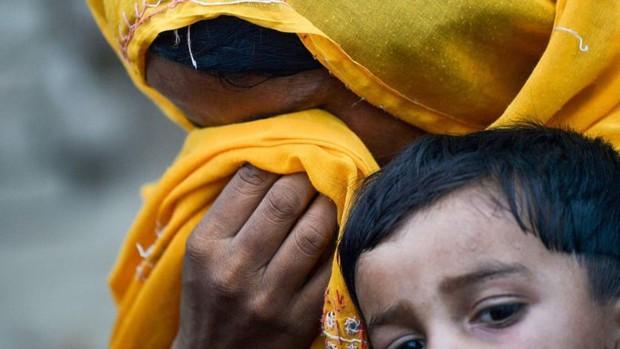 Hoảng loạn ở Pakistan khi phát hiện 900 trẻ em dương tính với HIV - Ảnh 2.