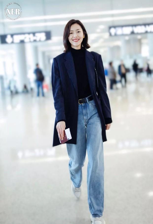 3 mẫu quần jeans bạn nên tậu gấp để luôn ghi điểm mặc đẹp mùa lạnh này - Ảnh 1.