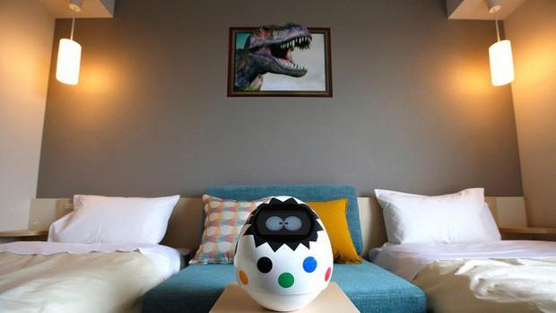 Khách sạn nổi tiếng Nhật Bản bị quay lén vì hack robot phục vụ, phải ê mặt xin lỗi khách hàng - Ảnh 2.