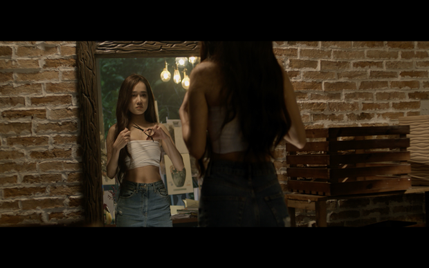 Loạt MV của Nguyễn Trần Trung Quân cái nào cũng drama cẩu huyết: Từ bách hợp đến đam mỹ đủ cả, ngôn tình hiện đại thì tai nạn hiến tim như phim Hàn Quốc - Ảnh 4.