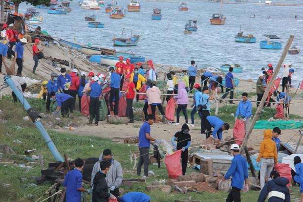 Hành trình tôi yêu tổ quốc tôi 2019: Thanh niên Khánh Hòa truyền lửa tình yêu quê hương, biển đảo - Ảnh 6.