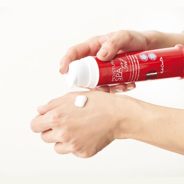 Nếu thuộc team da dầu dễ nổi mụn, bạn đừng dại gì kết thân với kem dưỡng chứa dầu dù trời có lạnh khô đến mấy - Ảnh 13.
