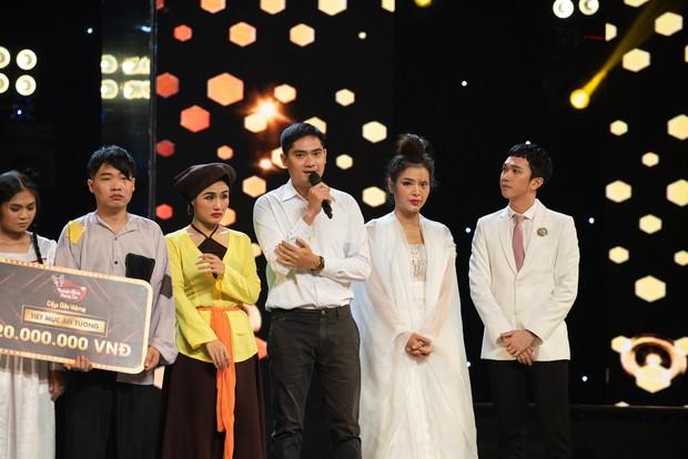 Cặp đôi vàng: Minh Luân - Phương Trinh Jolie bất ngờ rút lui trong đêm Bán kết - Ảnh 2.