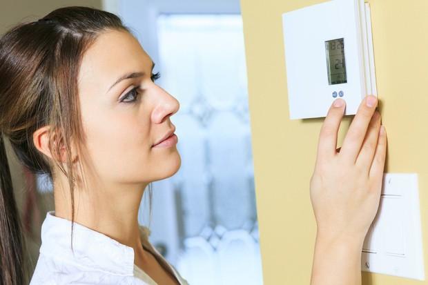 4 thói quen đơn giản giúp cho da không bị khô và nứt nẻ vào mùa lạnh - Ảnh 4.
