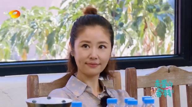 Lâm Tâm Như, Angela Baby, Địch Lệ Nhiệt Ba... khoe mặt ít son phấn trên show thực tế: Ai ấn tượng nhất? - Ảnh 5.