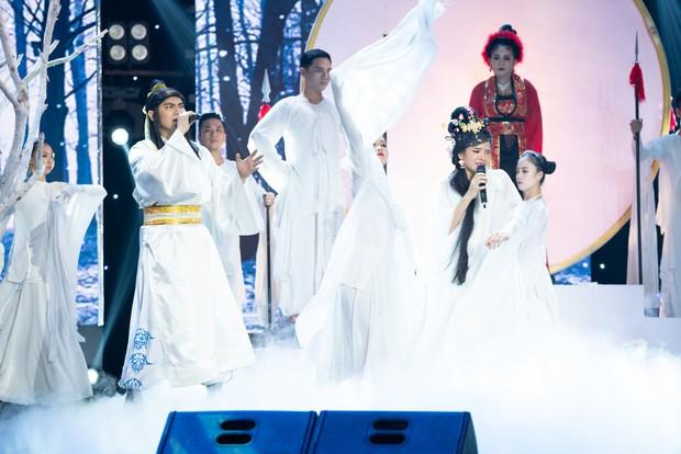 Cặp đôi vàng: Minh Luân - Phương Trinh Jolie bất ngờ rút lui trong đêm Bán kết - Ảnh 4.