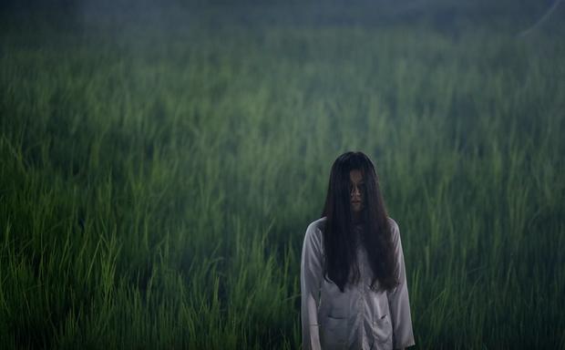 Makeup Halloween theo phong cách phim Việt: Có cả ma nữ kem trộn của Hoa Hồng Trên Ngực Trái - Ảnh 2.