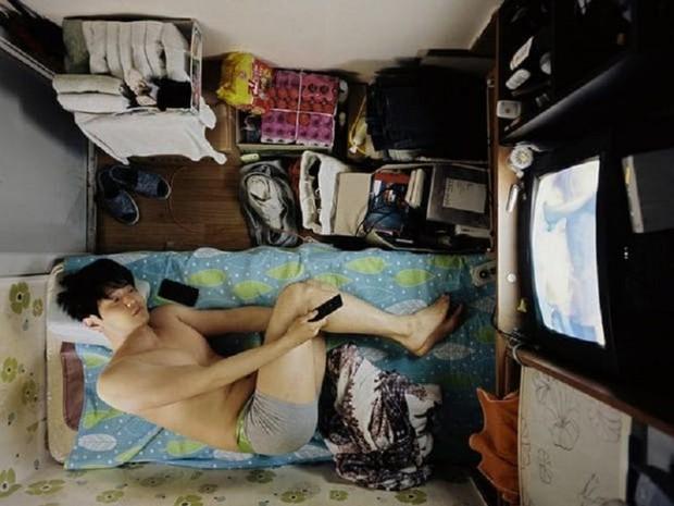Đột nhập Goshiwon - phòng trọ giá siêu rẻ, bé như hộp diêm chỉ dành cho sinh viên và người nghèo ở Hàn Quốc - Ảnh 1.