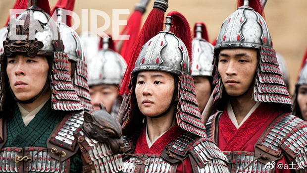 Điện ảnh Trung Quốc công khai khiêu chiến Hollywood: 2 Mộc Lan cùng chiến nhau ngoài rạp vào năm 2020! - Ảnh 4.