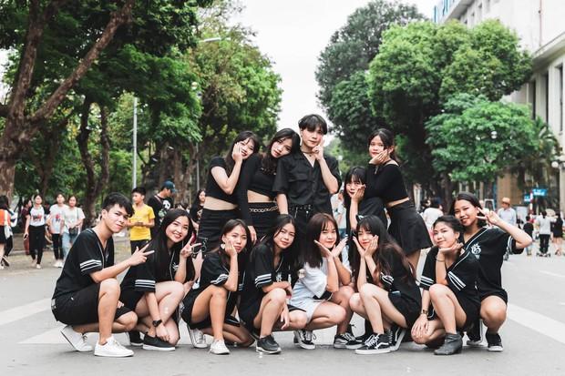 Kết hợp độc đáo giữa Reflection đình đám của ALiEN và bài thể dục giữa giờ, bản dance cover của học sinh Việt Đức nổi rần rần trên mạng - Ảnh 2.