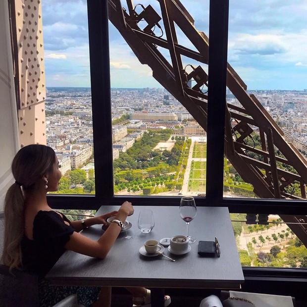 Tưởng chỉ để sống ảo, giữa tháp Eiffel còn có cả nhà hàng và bí ẩn nhất là căn hộ khổng lồ nằm trên đỉnh - Ảnh 10.